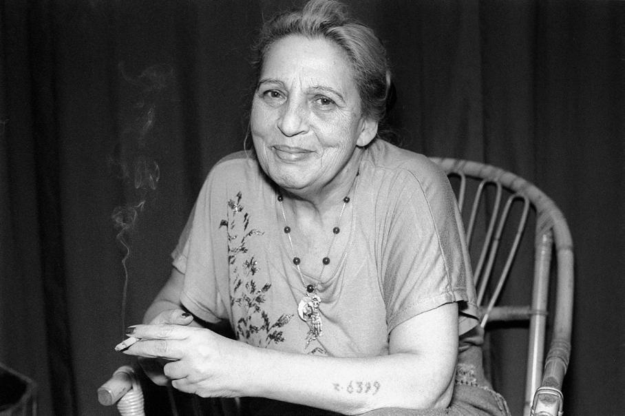 Portrait De Ceija Stojka C) Christa Schnepf
