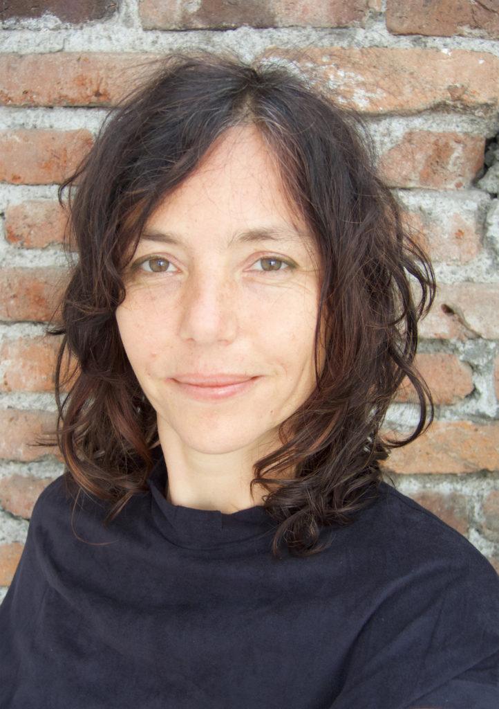 (c) Nikki Schuster