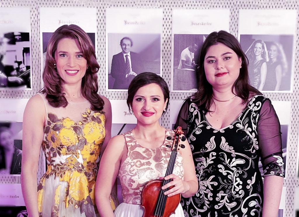 Arabella Fenyves, Angelina Georgiadi, Ineke Hellingmann